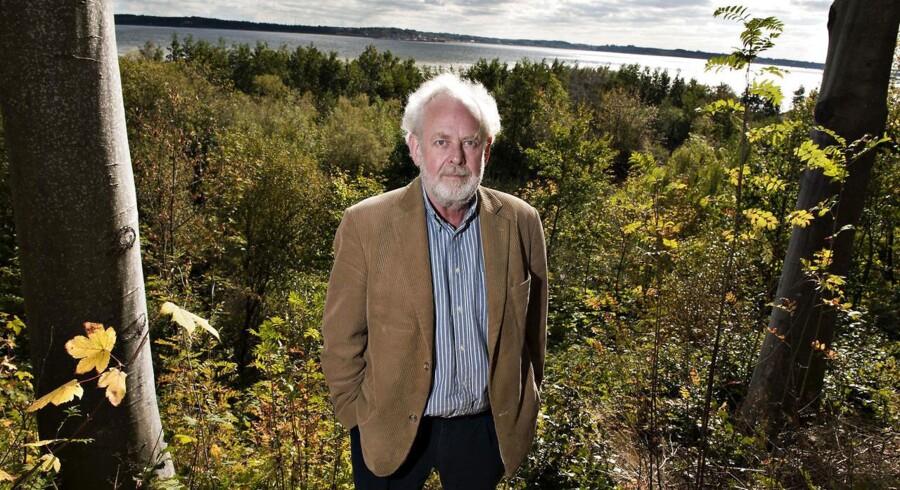 Forfatter Jens Smærup Søren, her fotograferet i Nykøbing Mors, er blandt det i lokallivet, som Morsø Kommunes borgmester gerne vil vise frem.