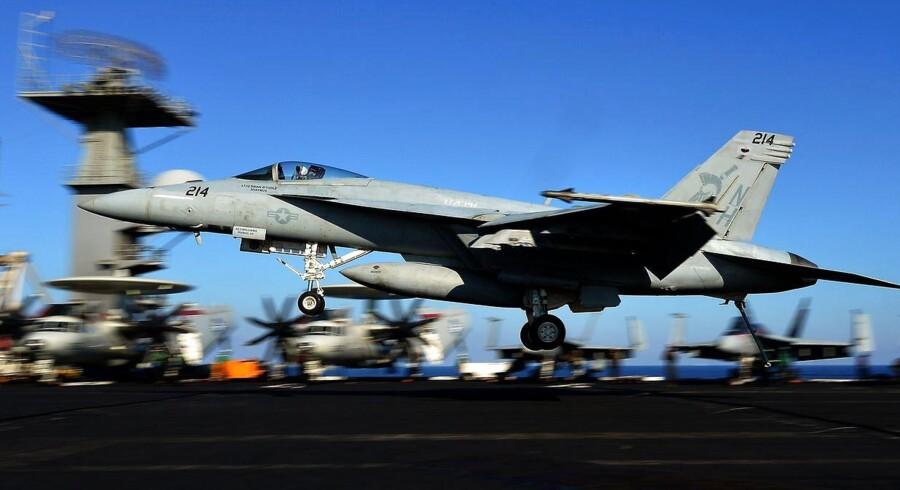 Det er selskaberne bag Super Hornet-kampflyet, der leder efter danske samarbejdspartnere.