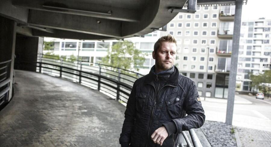 Anders Lykkegaard Nielsen betaler 14 gange så meget for parkering ved sin bolig i Ørestaden, som en borger på Østerbro betaler for sin beboerlicens.