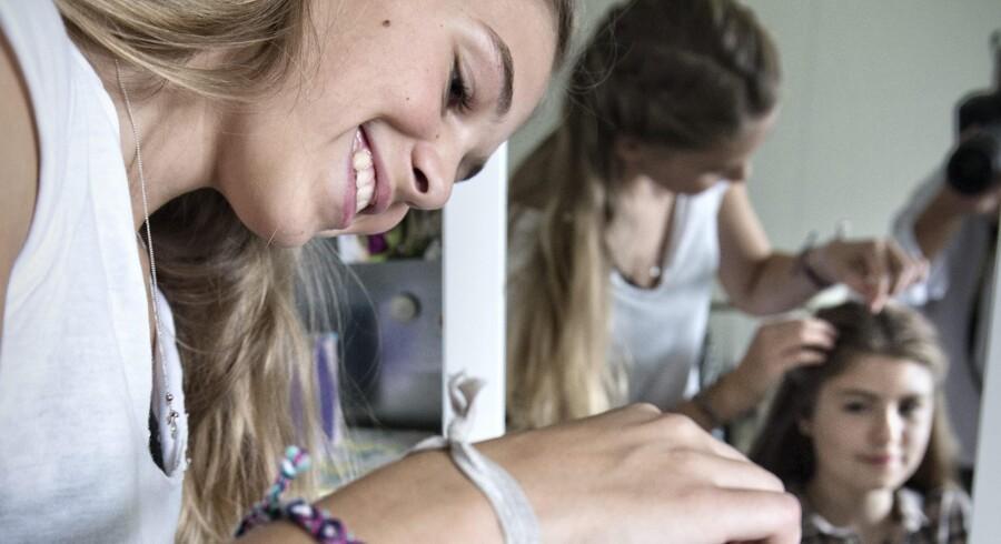Laura Kristine Arnesen og Marie Moesgaard Wivel har over 100.000 følgere på Instagram og har også stor succes med deres bog »Fletninger«. Foto: Jens Nørgaard Larsen