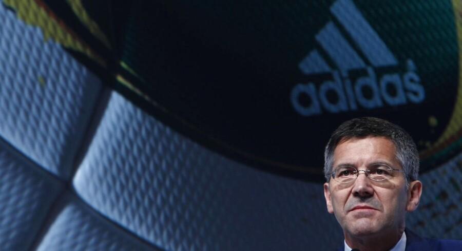 »Adidas møder i øjeblikket modvind, men vi vil helt sikkert genvinde momentum i vores forretning i fjerde kvartal og fremover,« skriver selskabets direktør Herbert Hainer i en meddelelse.