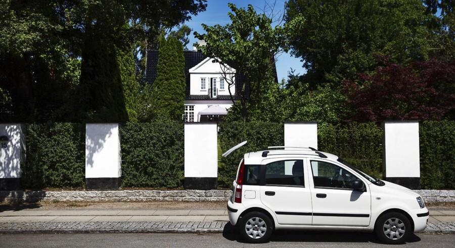 """På Lykkevej i Charlottenlund er der cirka 20 husstande. """"Der er begyndt at komme flere børnefamilier. Det giver noget nyt liv til vejen"""", fortæller Percy Le Dous, der har boet på vejen i små 25 år."""