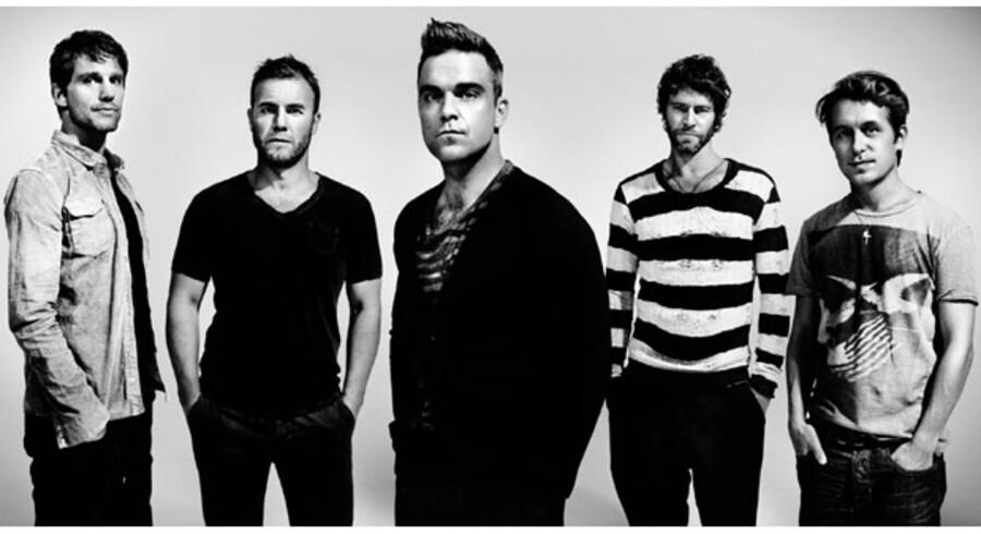 Jason Orange, Gary Barlow, Robbie Williams, Howard Donald og Mark Owen - bedre kendt som Take That - er i finere form end nogensinde før.
