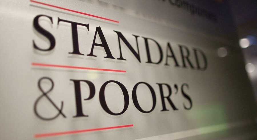 S&P og Fitch afviser alle anklager.