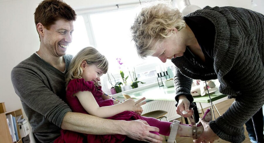 Troels og Sine Radmer med deres datter, Filippa.