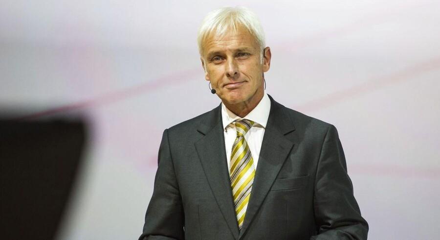 Porsches hidtidige topchef, Matthias Müller, taler her ved Fraport arena op til det 66. IAA bilshow i Frankfurt den 14. September 2015. Arkivfoto.
