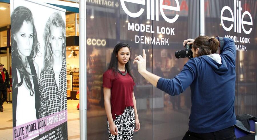 I marts var ungdomsmagasinet Bazar på modeljagt i Kolding Storcenter. Der var dog ikke mange piger, som havde mod på at prøve kræfter med fotografen.