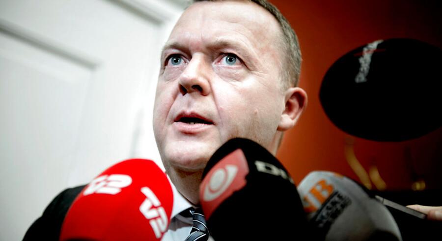 Lars Løkke har indtil videre ikke ønsket at udtale sig om det seneste bilagsroderi, hvor Venstre skulle have betalt tøj for 152.000 kroner.
