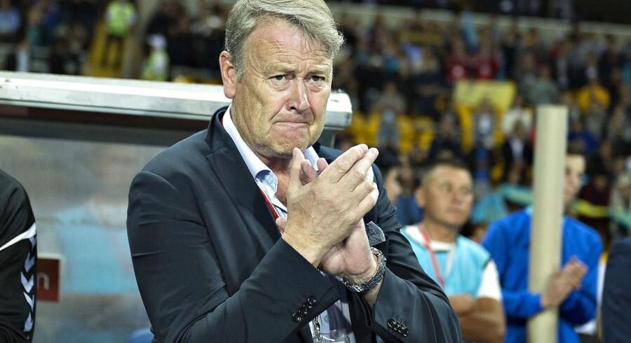 Europæiske gruppespil skal gøre spillerne fra FCK og FC Midtjylland klar til landsholdet, siger Åge Hareide.