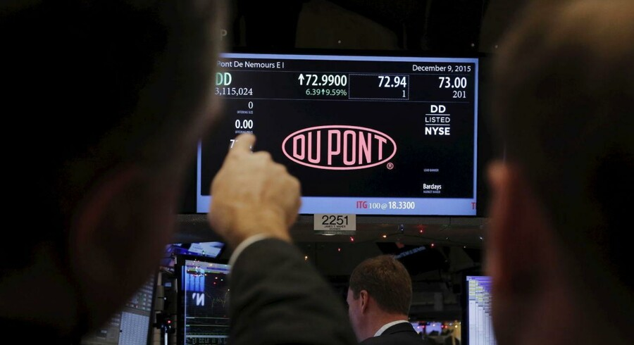 De to enorme kemikalieproducenter DuPont og Dow Chemical er eftersigende på vej i armene på hinanden.