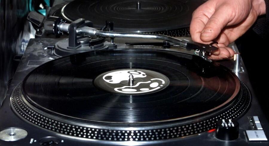 På trods af den analoge teknologi er der ikke noget, der tyder på, at grammofonen er fortid.