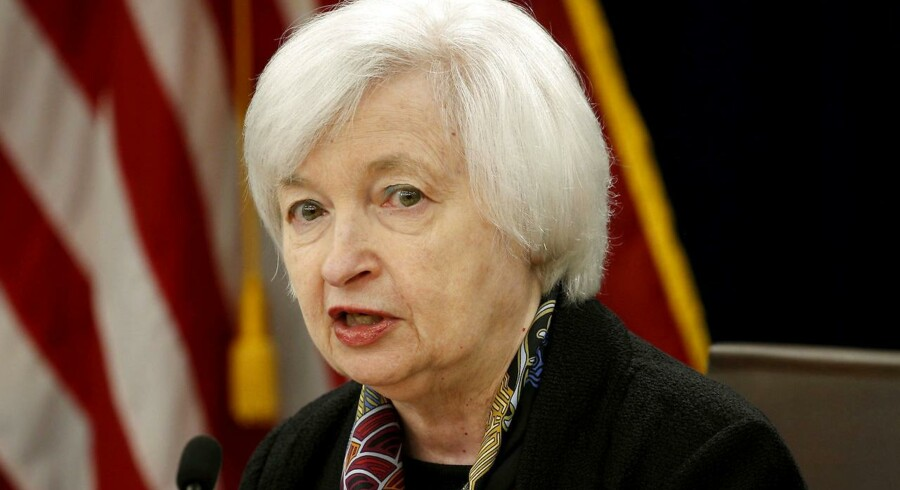 Renten bliver snart hævet igen i USA. Det slog direktøren for den amerikanske centralbank, Janet Yellen, fast fredag