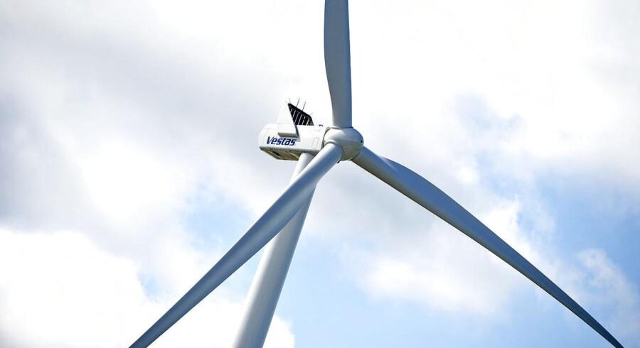 Vestas øgede sin markedsandel til 33,4 pct. af det amerikanske vindmøllemarked i 2015, hvor den danske kæmpe sammen med rivalerne General Electric (GE) og Siemens igen sad tungt på markedet.