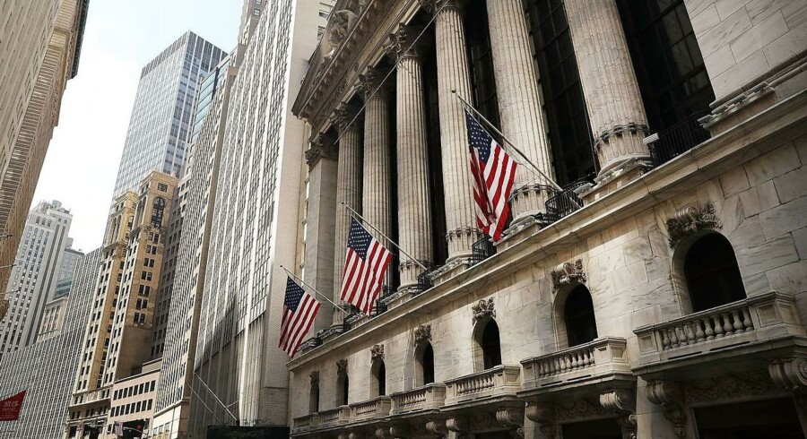 NEW YORK, NY - AUGUST 26: The New York Stock Exchange (NYSE) stands in lower Manhattan on August 26, 2016 in New York City. Stocks fell on Friday after news that the U.S. economy grew at the sluggish rate of 1.1 percent. Despite the slowing growth rate Fed Chair Janet Yellen voiced optimism about the economy at the central bank's annual Jackson Hole summit. Spencer Platt/Getty Images/AFP == FOR NEWSPAPERS, INTERNET, TELCOS & TELEVISION USE ONLY ==