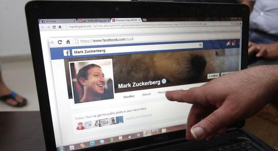 Facebook lægger op til at øge brugen af ansigtsgenkendelse, så brugere kan finde billeder i det sociale netværk baseret på profilbilledet, de vælger at bruge på Facebook. Hidtil har den type software kun været anvendt på baggrund af billeder, brugere er blevet tagget i. Arkivfoto: Hazem Bader / AFP Photo / Scanpix