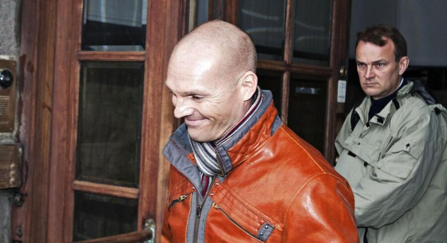 Forretningsmand Stein Bagger forlader Københavns Byret fredag d.15.november 2013. Statsadvokaten for Særlig Økonomisk og International Kriminalitet, Bagmandspolitiet, kræver ubetinget fængsel til den bedrageridømte forretningsmand Stein Bagger. Der vil komme dom den 6. marts 2014.