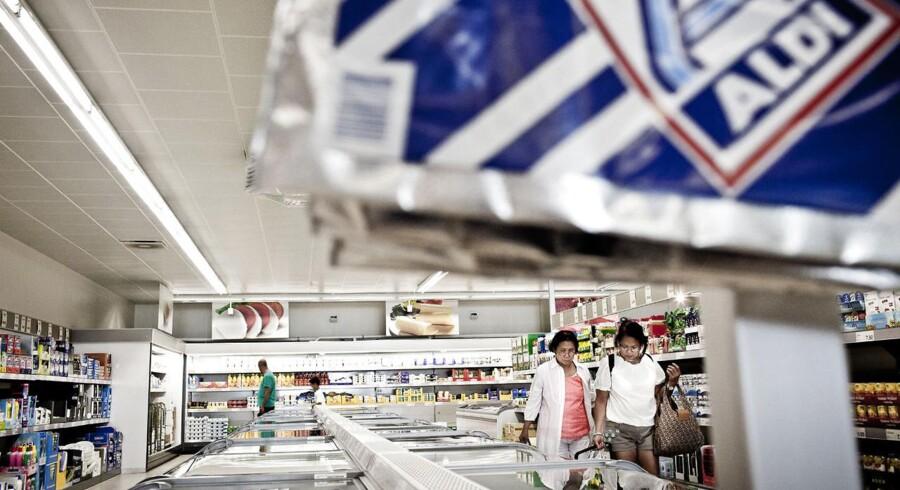 Aldi ruster sig i kampen om de danske kunder med et milliard-beløb, der blandt andet skal bruges til at modernisere forretningerne.