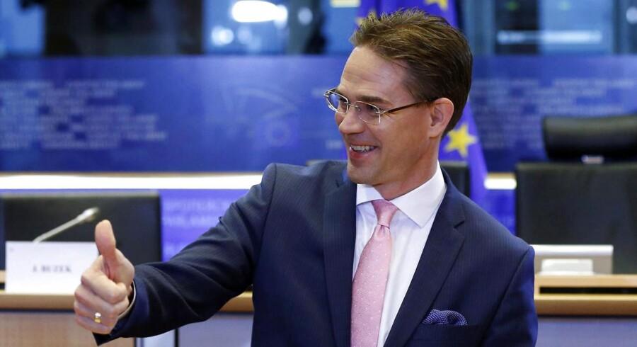 Jyrki Katainen vender tommelfingeren op til Frankrig og flere andre EU-lande trods store underskud på budgetterne.