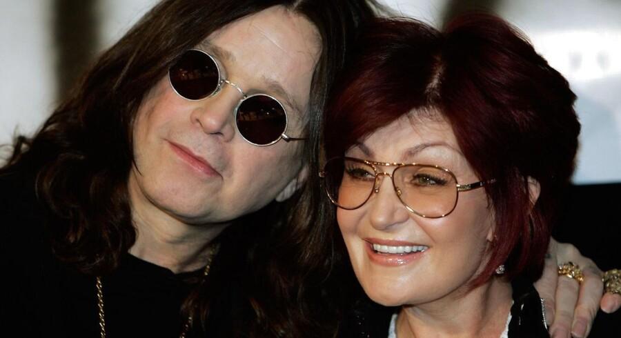 Ozzy og Sharon Osbourne skal angiveligt skilles efter 33 års ægteskab, lyder det fra flere medier.