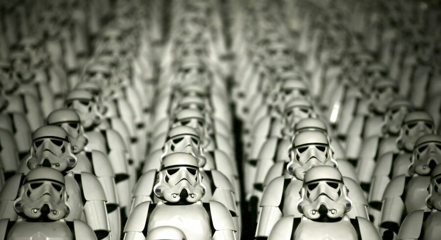 "Five hundred replicas of the Stormtrooper characters from ""Star Wars"" are seen on the steps of the Great Wall of China during a promotional event for ""Star Wars: The Force Awakens"" film, on the outskirts of Beijing, China in this October 20, 2015 file photo. The terminally ill Texas man and ""Star Wars"" fan who was granted his dying wish to see the new ""The Force Awakens"" film before it comes out in theaters has died, just a few days after viewing the movie, the man's wife said in a Facebook post on November 10, 2015. REUTERS/Jason Lee/Files"