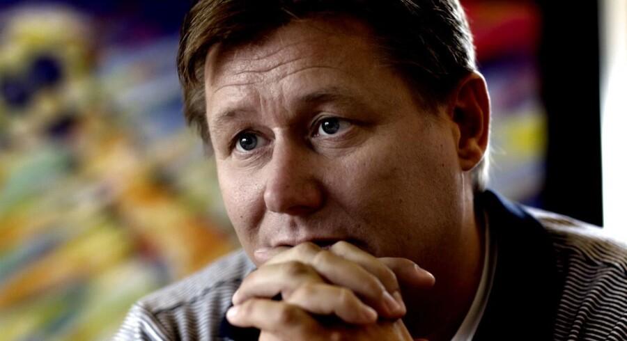 Kasi-Jesper beder skatteminister Karsten Lauritzen om at bruge sin politiske magt til at sikre, »at hverken selskaberne eller familien Nielsen begæres konkurs, inden sagerne er endeligt afgjort«