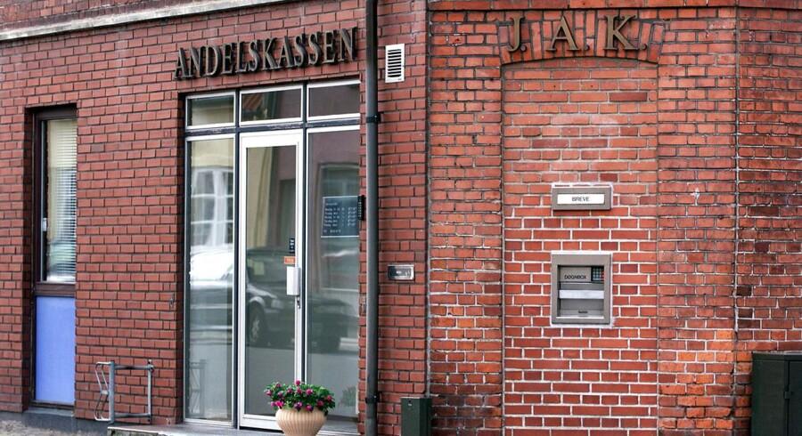 Andelskassen J.A.K. Slagelse har ifølge Finanstilsynet ikke overholdt hvidvaskningslovgivningen. Det har nu kostet direktør Wolmer Møller jobbet.