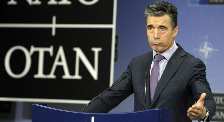 NATO-generalsekretær Anders Fogh Rasmussen opfordrer Rusland til »ikke at foretage nogen handlinger, der kan eskalere spændingerne«.