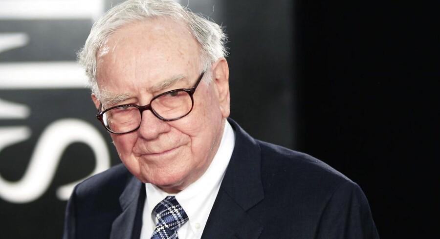 Warren Buffett er manden bag investeringsselskabet Berkshire Hathaway. Investeringerne har ifølge magasinet Forbes har gjort ham til verdens tredjerigeste mand.