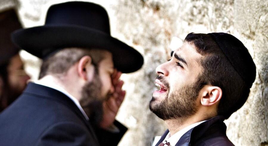 Arkivfoto. Ortodokse jøder ved grædemuren.