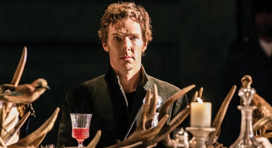 Benedict Cumberbatch som Hamlet på the Barbican i London – og 600 biografer verden over. Foto: Johan Persson