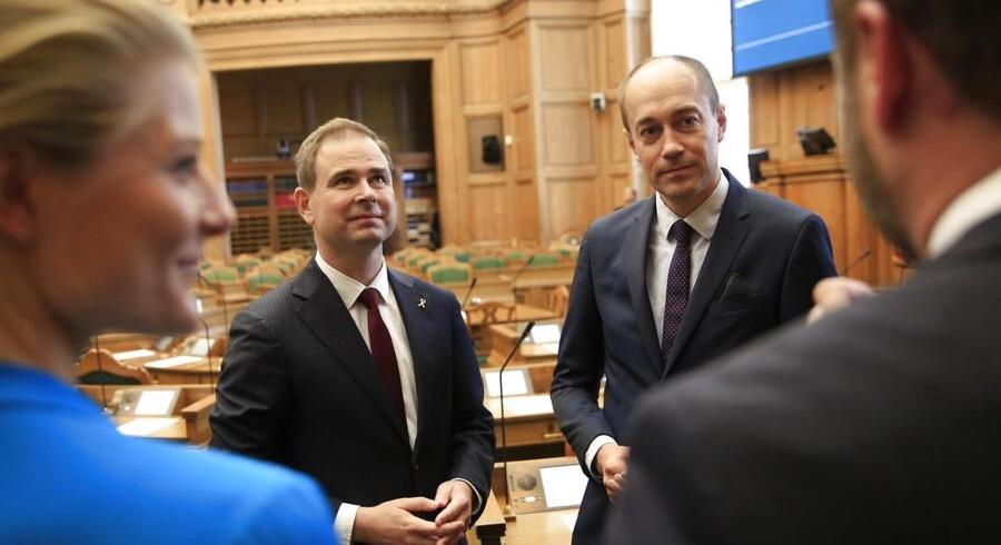 Folketingets åbning tirsdag d. 7. oktober 2014. Nikolai Wammen og Magnus Heunicke i Folketingssalen. (Foto: Thomas Lekfeldt/Scanpix 2014)