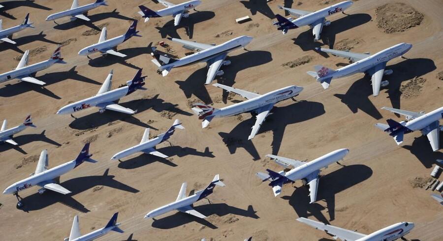 Den amerikanske flyproducent Boeing flyver fra analytikernes forventninger og kommer ud af årets første kvartal med en indtjening per aktie på 1,97 dollar mod forventet 1,80 dollar.