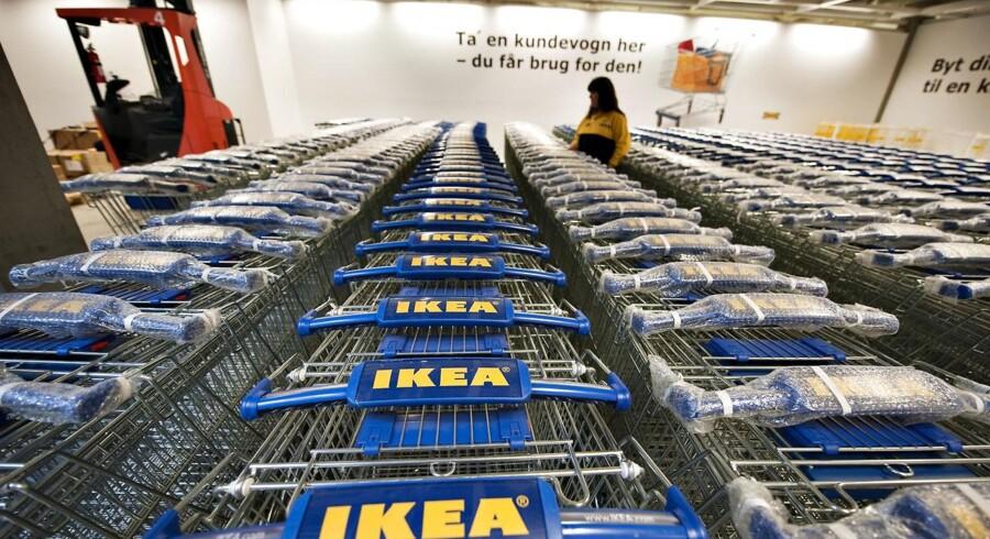 Ikea har valgt at takke sine medarbejdere med et pengebeløb. Beløbet vil blive fastsat hvert år. I år ligger det på 100 millioner euro.
