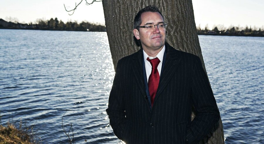 Nicolai Kærgaard er administrerende direktør i onlinetøjbutikken Smartguy. Den 1. januar 2014 bliver han skiftet ud. Et af de flere tiltag, der skal styrke virksomhedens konkurrenceevne i branchen.