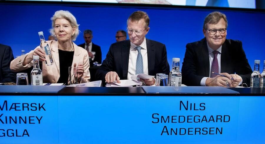 A.P. Møller-Mærsk. Fra venstre ses Ane Mærsk Mc-Kinney Uggla, topchef Nils Smedegaard Andersen og formand Michael Pram Rasmussen. (Foto: Liselotte Sabroe/Scanpix 2016)