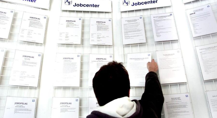 ARKIVFOTO. Ti pct. af en ungdomsårgang kommer aldrig i arbejde, og koster samfundet omkring 105 milliarder kroner. Arkivfoto: Bardur Eklund