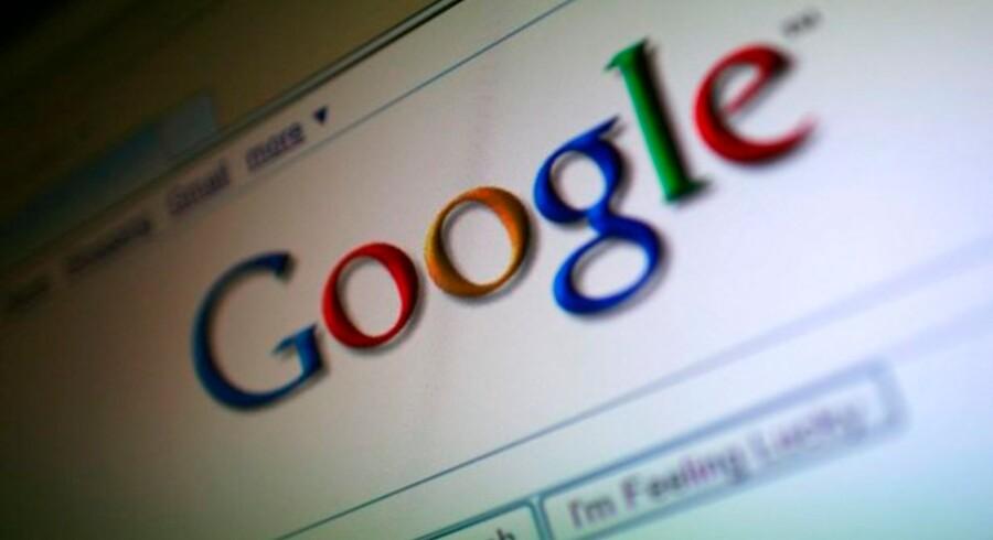 Googles vækst falder på grund af krisen, men hårde besparelser giver markant flere penge til aktionærerne.