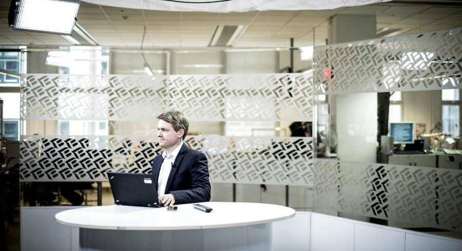 Studiereporter, Casper Schrøder fra Berlingske, er live igennem til TV2 News.