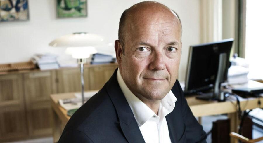 Ifølge Christian Sagild, topchef i Topdanmark, har massiv konkurrence på forsikringsmarkedet betydet en nettoafgang af kunder i 2015.