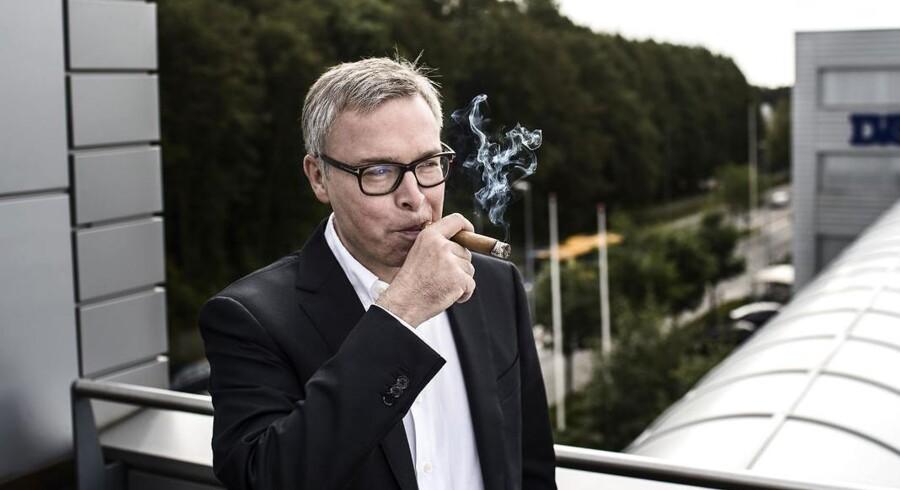Scandinavian Tobacco Groups adm. direktør Niels Frederiksen har lanceret et rationaliseringsprogram, der skal ruste tobaksgiganten bedre til konkurrencesituationen i fremtiden.