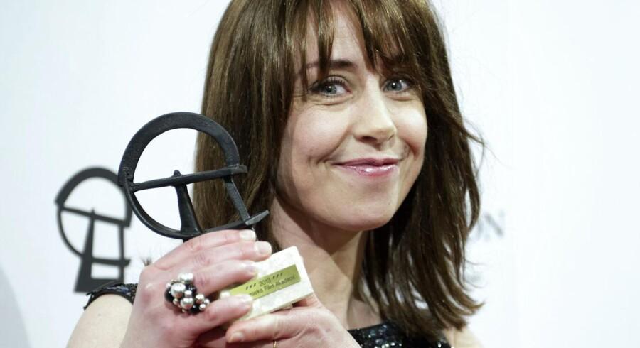 Sofie Gråbøl vinder i kategorien årets kvindelige hovedrolle i en tv-serie ved Robert-uddelingen torsdag d. 28 februar 2013 i Tivoli Hotel og Congress Center. (Foto: Keld Navntoft/Scanpix 2013)