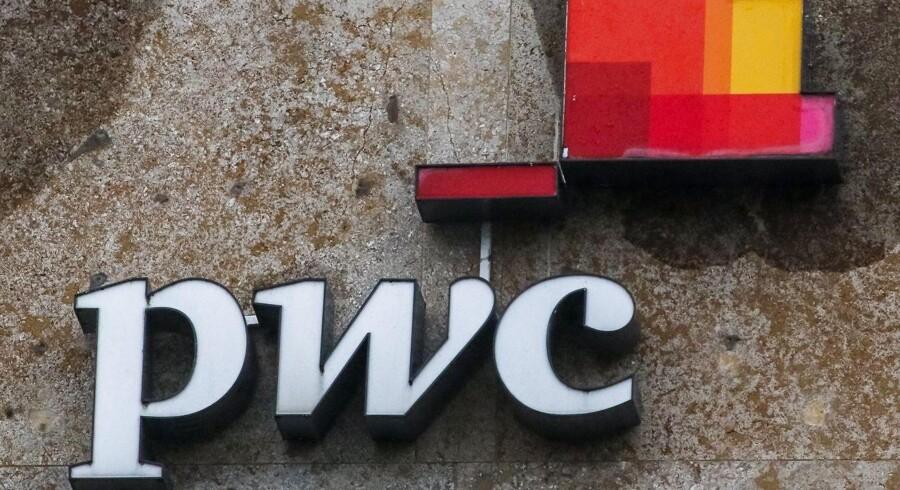 Revisorgiganten PwC blev mandag i USA beordret til at betale 625 millioner dollar for ikke have gjort nok for at afdække den svindel, der førte til storbanken Colonial Banks fald.