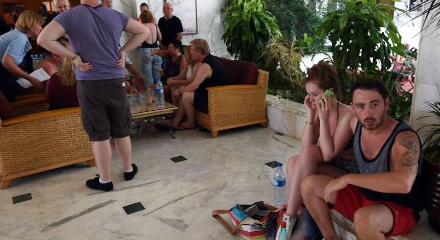 Turister i chok på Imperial Hotel i Sousse - en populær turist-destination 140 km syd for Tunis, Tunesiens hovedstad.