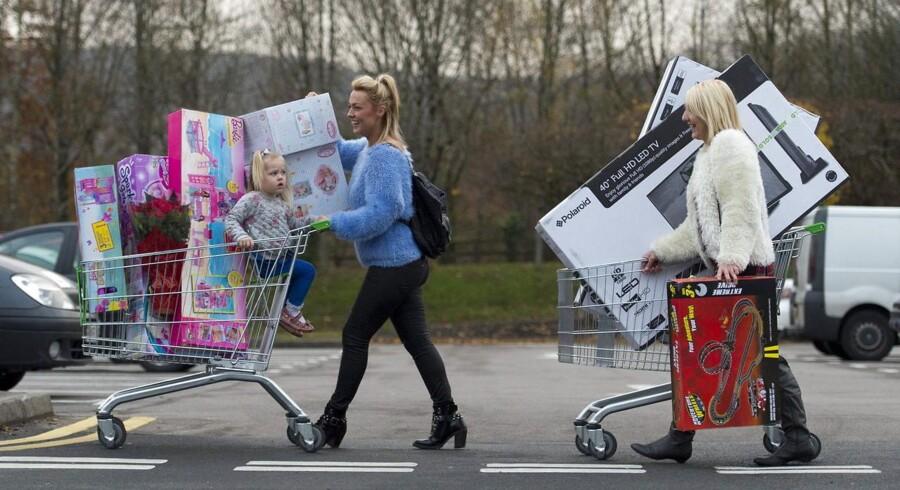 Selv om nogle amerikanere i år har droppet Black Friday-shoppingen, er det langt fra alle.