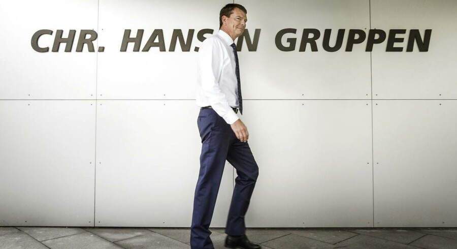 Ingrediensvirksomheden Chr. Hansen kom stærkt ud af de første seks måneder i selskabets skæve regnskabsperiode, der løbet fra september til august. Med en organisk omsætningsvækst på 11 pct. i første halvår 2014-15 overgår Chr. Hansen forventningerne.
