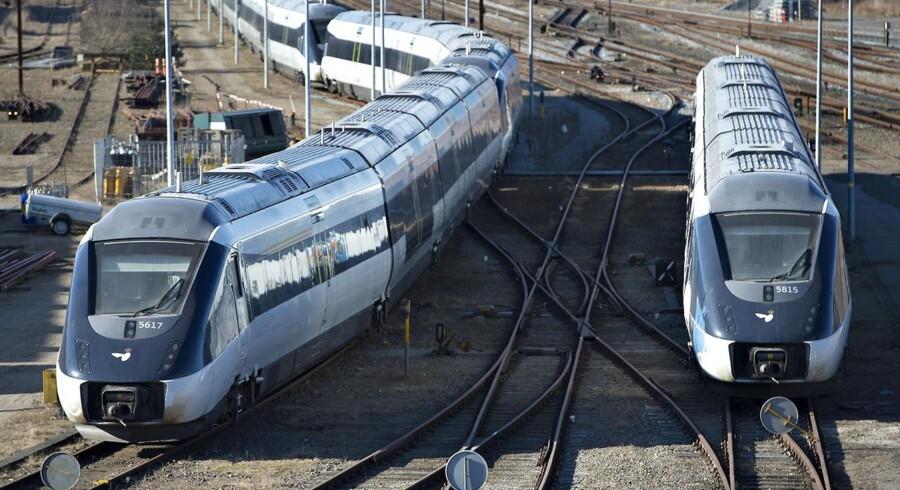 Undersøgelsen skal foretages for at få belyst, om det er realistisk og økonomisk forsvarligt at få togene ud at køre med en tilstrækkelig høj driftsstabilitet. Sidste år i oktober blev leverancerne af de i alt 105 togsæt afsluttet efter otte års forsinkelse.