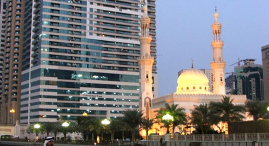 Tag en lille sejltur og nyd udsigten til blandt andet det syvstjernede Burj al Arab-hotel.
