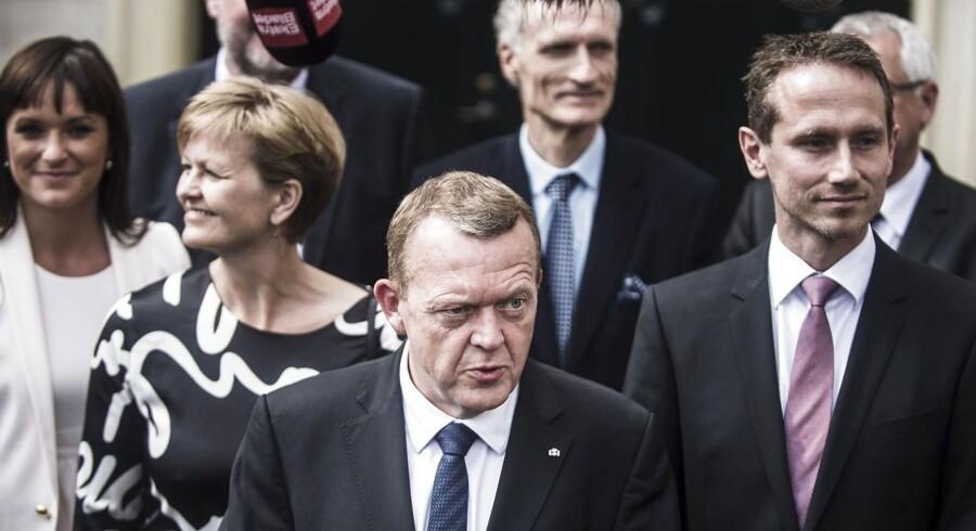Lars Løkke Rasmussen med sit nye ministerhold
