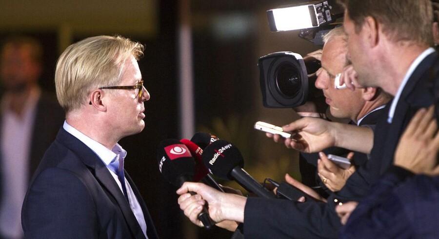 Carl Holst (V), formand for regionsrådet i Region Syddanmark, ærgrer sig over fortsat uro omkring Lars Løkke Rasmussen efter tirsdagens hovedbestyrelsesmøde.