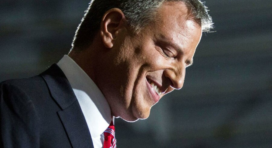 Nyvalgte Bill de Blasio holder takketale i New York City.